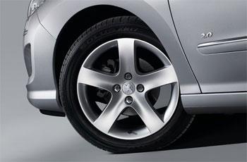 正确检查和维修预防车轮脱落安全隐患