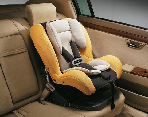 用儿童座椅就够了 开车带孩子出门必读