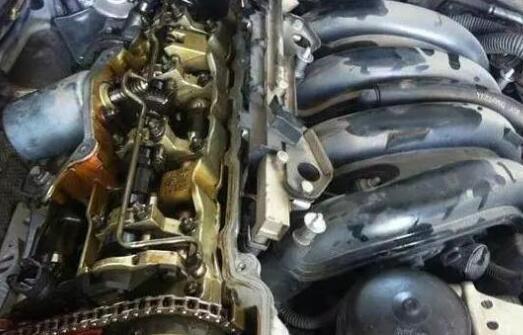 驾车习惯与烧机油密切相关 如何根治