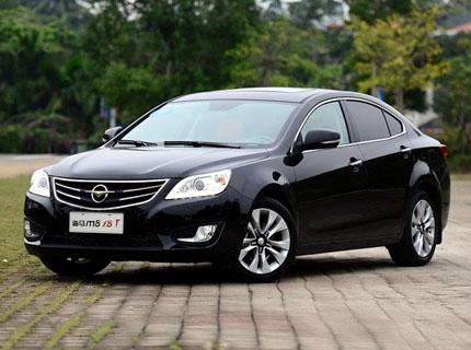 南宁海马M8最高优惠2.5万元 现车销售