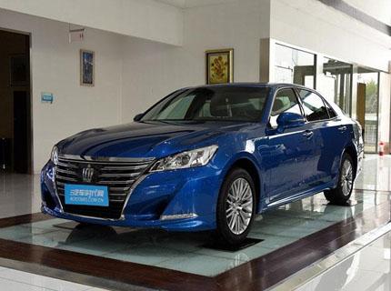 深圳皇冠限时优惠2万元 欢迎试乘试驾