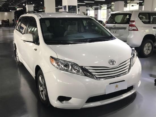 平行进口2017款丰田塞纳白色现车在售